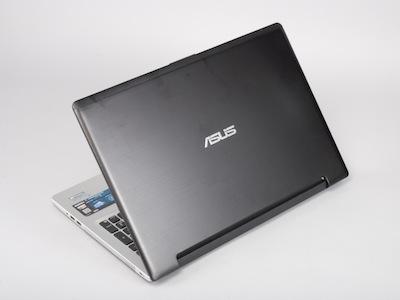 Asus S56CM 評測: Ultrabook 也有15.6 吋大螢幕、獨顯、光碟機
