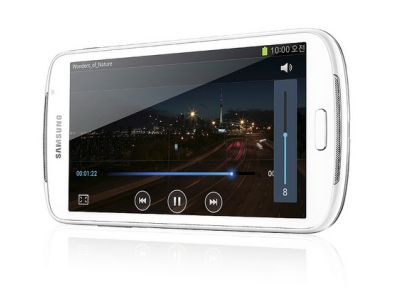 Samsung 推出 Galaxy Player 5.8 影音播放器,搶食 iPod Touch 市場