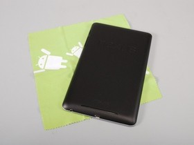 Nexus 7 平板實測:非常 Google 的平板,簡約時尚好輕巧