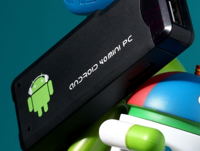 實測 2500元 Android HTPC:看電影、打電動、上臉書通通沒問題