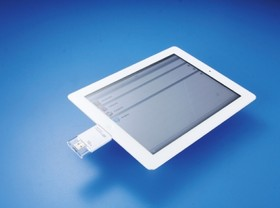 iOS 專用隨身碟 PhotoFast i-Flash Drive:大檔案放進去,再用 iOS 裝置來播放