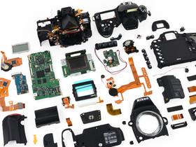 Nikon D600 被 iFixit 完全拆解,還用電子顯微鏡透視感光元件