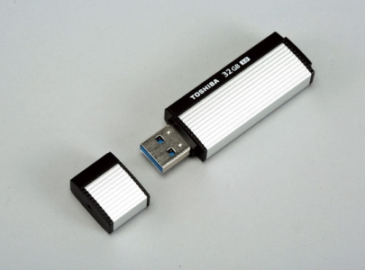 Toshiba TransMemory-EX:高速 USB 3.0 隨身碟新挑戰者