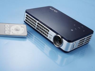 Vivitek Qumi Q5 評測:500 流明、720p 高階微型投影機
