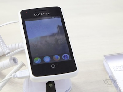 Firefox OS 手機,Alcatel One Touch Fire 小編動手玩