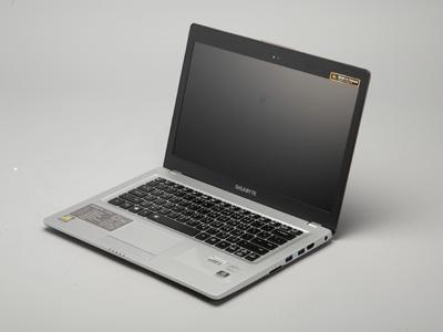 GIGABYTE U2442F:Ultrabook硬上GT 650M