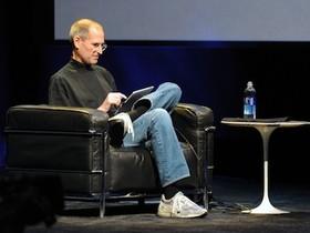 來自 Steve Jobs 的兩個字母
