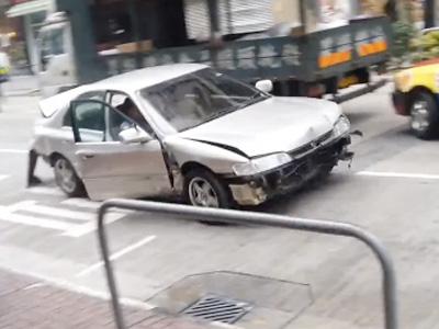 《GTA 俠盜獵車手》玩太多?香港街頭真實上演中