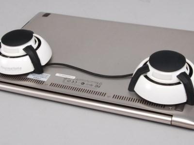 筆電平放、墊高、墊高加風扇、熱球型散熱加風扇,哪種散熱效果最好?實測給你看