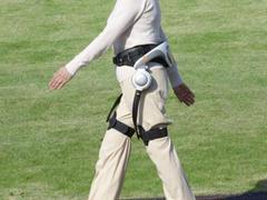 Honda WAD 行走輔助裝置即將問世,阿婆也能健步如飛了!