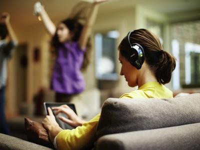 BOSE推出AE2w藍牙音樂耳機 身歷其境   無線自由