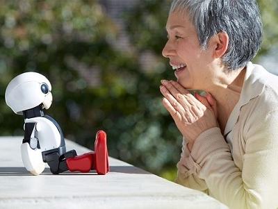 聊天機器人 Kirobo 飛向太空,將在國際太空站與太空人作伴