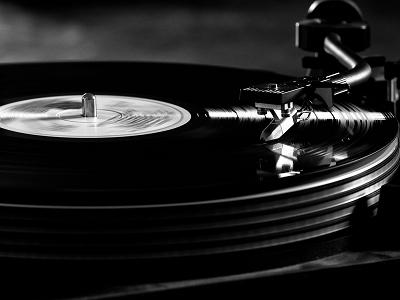 電腦可以譜出有靈魂的音樂嗎?人類或許也是用演算法編寫音樂