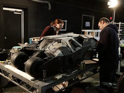 你知道嗎?「黑暗騎士」的隧道追逐場景,其實是由模型拍攝而成!