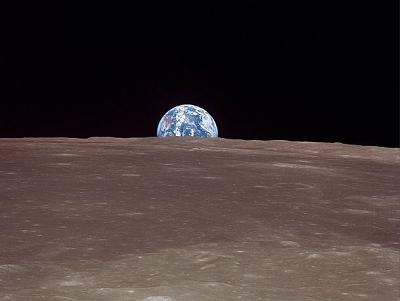 美太空總署加入Instagram,分享1969年7月20號人類首次站上月球看地球的獨家照片