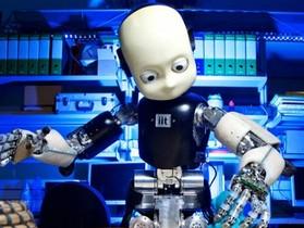 具備運動能力,能自行探索世界,具學習能力的機器人 iCub