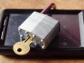 白宮向 FCC 提議手機解鎖合法化