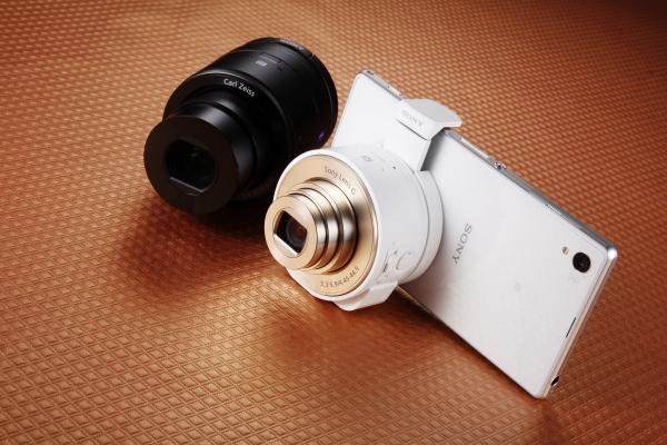Sony QX相機+Xperia Z1:手機變身專業相機