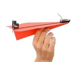 拿起你的手機遙控「紙」飛機吧!PowerUp 3.0幫紙飛機加上智慧飛行模組