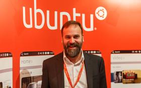 Ubuntu Touch OS 迎接首個合作廠商,手機明年發布