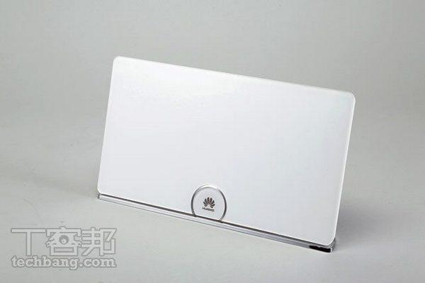 Huawei WS880 評測:無線效能強勁的美型路由器