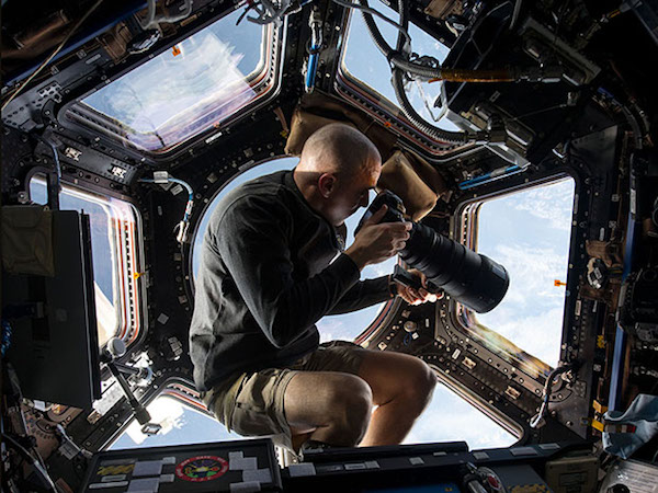 最美的攝影點,由太空站的穹頂艙拍攝出美麗地球