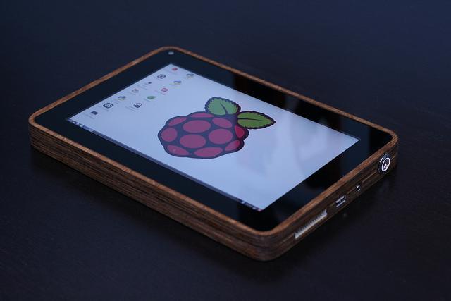 平板電腦也能DIY!用Raspberry Pi,動手做台自己專屬平板吧