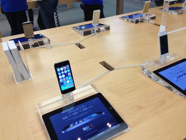 iPhone 5c 喊停,新 iPhone 將有更大的螢幕