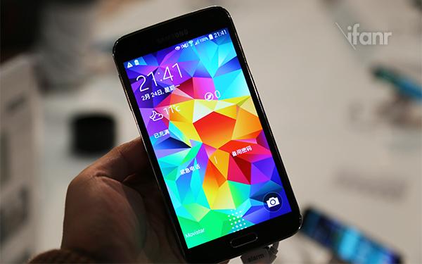 Samsung Galaxy S5,有史以來最好的手機螢幕?