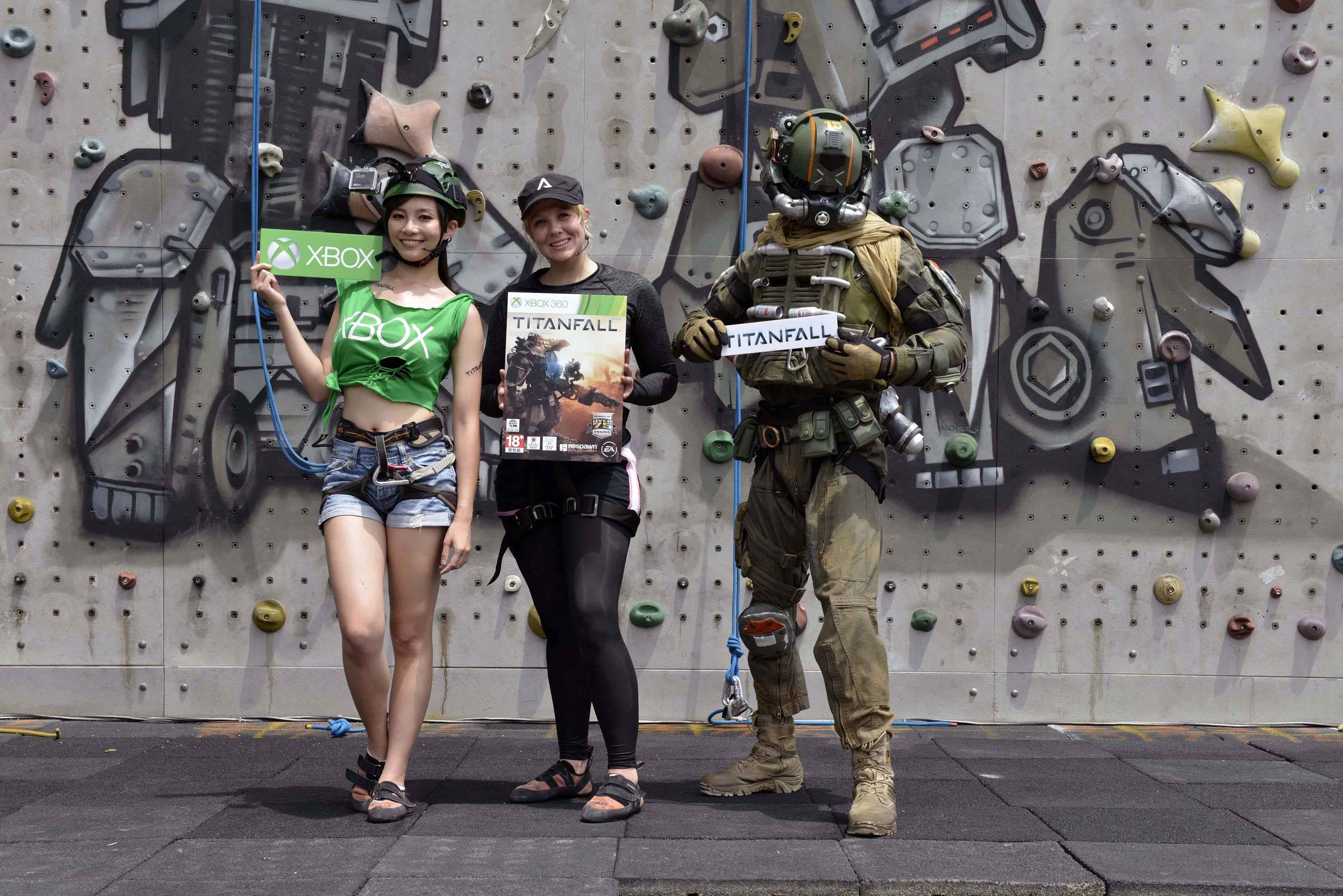 《TITANFALL》Xbox 360中文版4月8日在台上市。