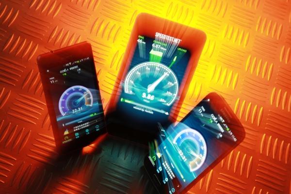 台灣無線網路即將邁向新里程, 4G 來臨,你手機支援嗎?