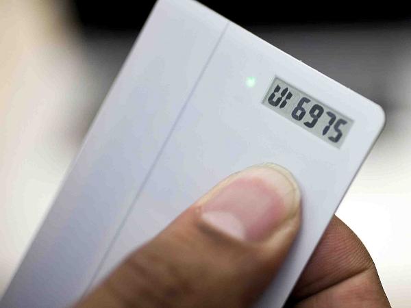 整合多張信用卡的電子卡片 Coin 真的安全嗎?開發團隊親自告訴你