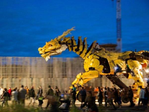 「龍馬」,法國藝術家打造的鋼鐵神兵