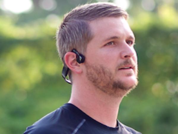 AfterShokz Bluez 2 藍牙骨傳導耳機體驗:很有趣,但不見得適合你