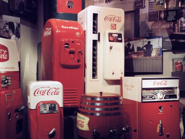可口可樂在非洲推出可以提供Wi-Fi的可樂販賣機
