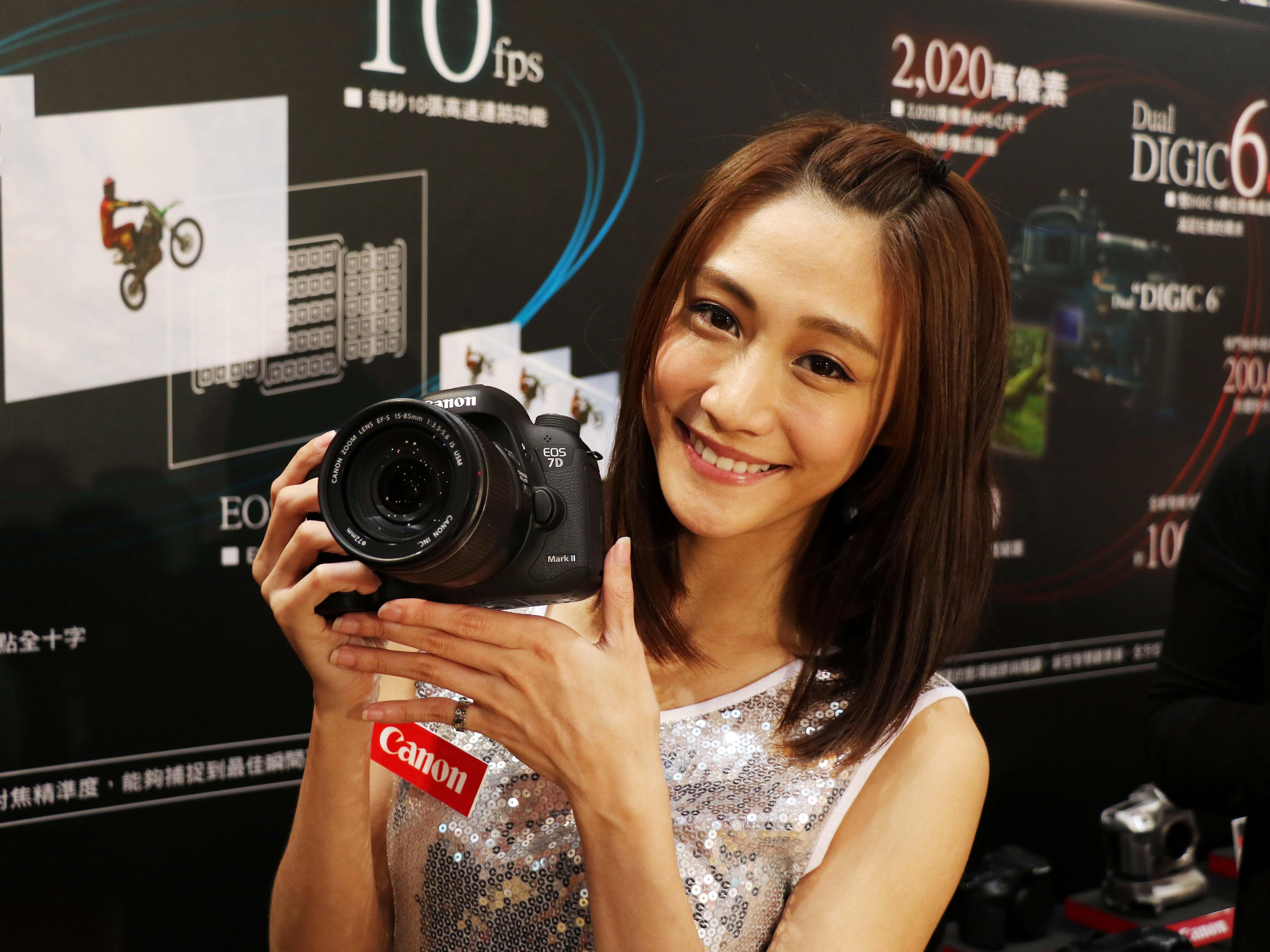 Canon EOS 7D Mark II 正式發表,加入65點全十字對焦系統、雙 DIGIC 6,最高可連拍1090張 JPEG