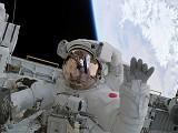 即便在外太空也要發Twitter、上傳YouTube影片