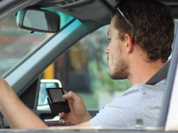 出門不用再帶駕照了!美國明年試行數位證件App