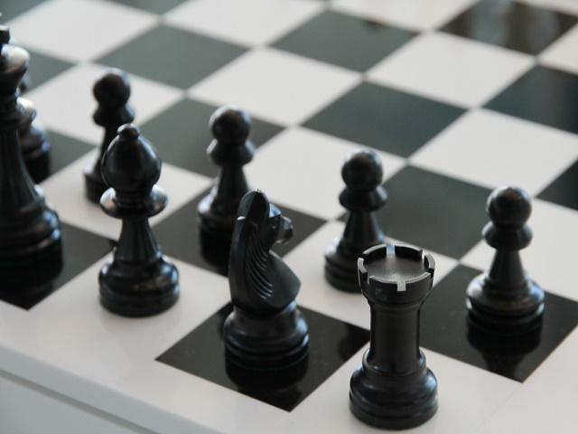 僅487byte,破記錄的最小西洋棋程式
