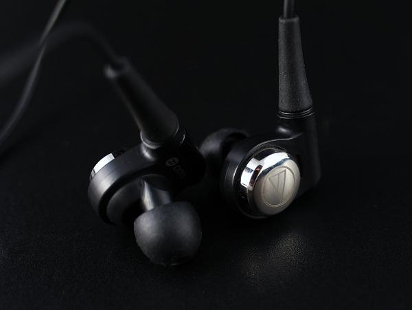 世界首創推挽式純鐵磁軛入耳式耳機,鐵三角 ATH-CKR10 試聽分享