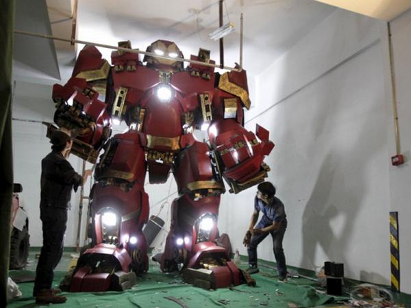 想要!中國一名高中老師打造1:1比例「浩克毀滅者」