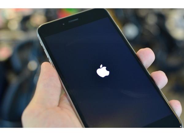 你不需要成為駭客,一條簡訊就能讓 iPhone 自動重啟