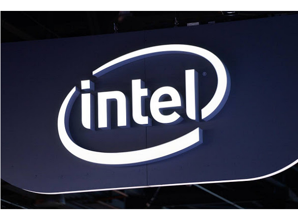 Intel宣布以167億美元買下半導體商Altera,進軍可程式化晶片市場