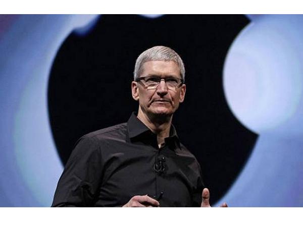 庫克帶領的蘋果時代,最具影響力的產品其實是「庫克」本身?