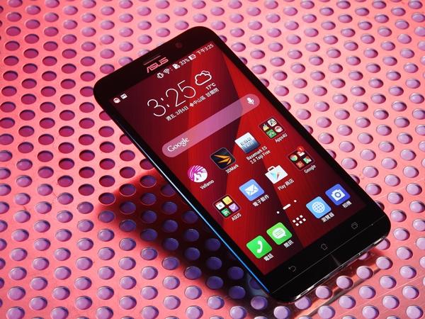 頂規版來了,華碩推 4G RAM/128G ROM 版 ZenFone 2