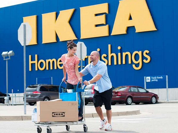 為留住員工,IKEA美國分部再度調高最低薪資