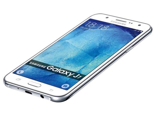 平價不凡!Samsung Galaxy J7 快啟捕捉 WOW 時刻