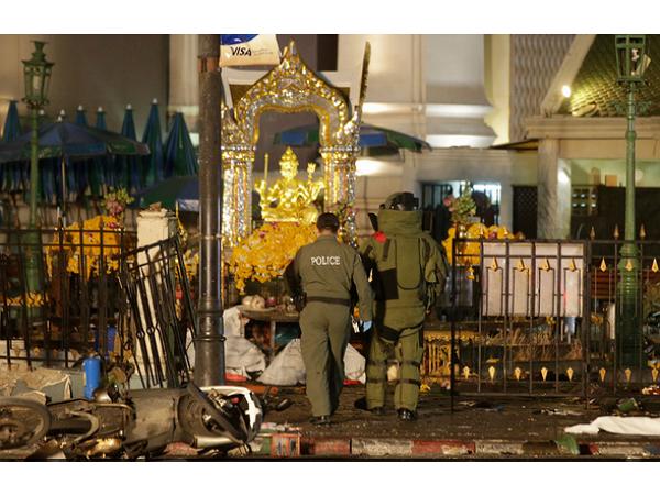 曼谷炸彈攻擊之後,一名無辜澳洲人被鍵盤柯南肉搜指認為炸彈客