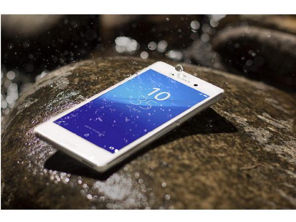 Sony Mobile 說:請不要再把Xperia防水手機拿到水裡頭拍照了!