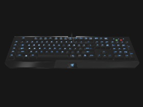 Razer BlackWidow,這咖機械式遊戲鍵盤有背光